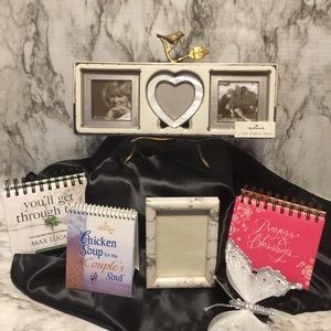 Photo frames and affirmations calendars.